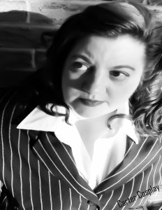 Kristine Knowlton as Agent Carter